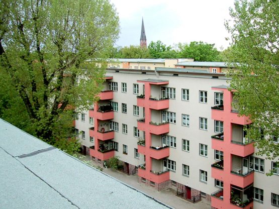 KISSINGENVIERTEL BERLIN-PANKOW, REDEVELOPMENT AND MODERNISATION OF 702 APARTMENTS