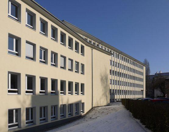 AOK - DIE GESUNDHEITSKASSE IMMOBILIENMANAGEMENT ZILLESTRASSE, BERLIN-CHARLOTTENBURG, SANIERUNG