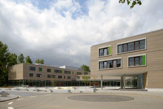 NEW EDUCATION CENTRE 'TOR ZUR WELT', HAMBURG, Germany