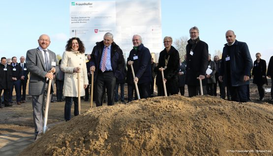 ZELUBA - GROUND BREAKING CEREMONY FOR COMMON RESEARCH BUILDING THE FRAUNHOFER WKI AND THE TECHNICAL UNIVERSITY BRAUNSCHWEIG