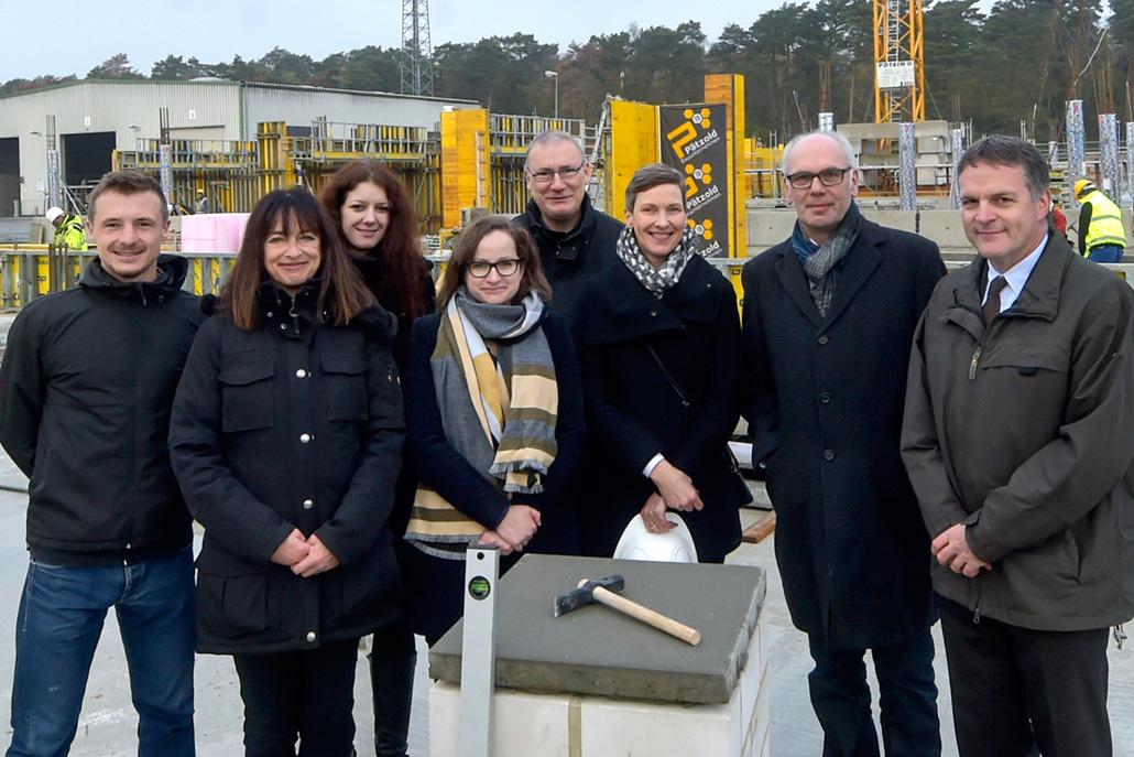 Laying the foundation stone of the IAV Development Center in Gifhorn